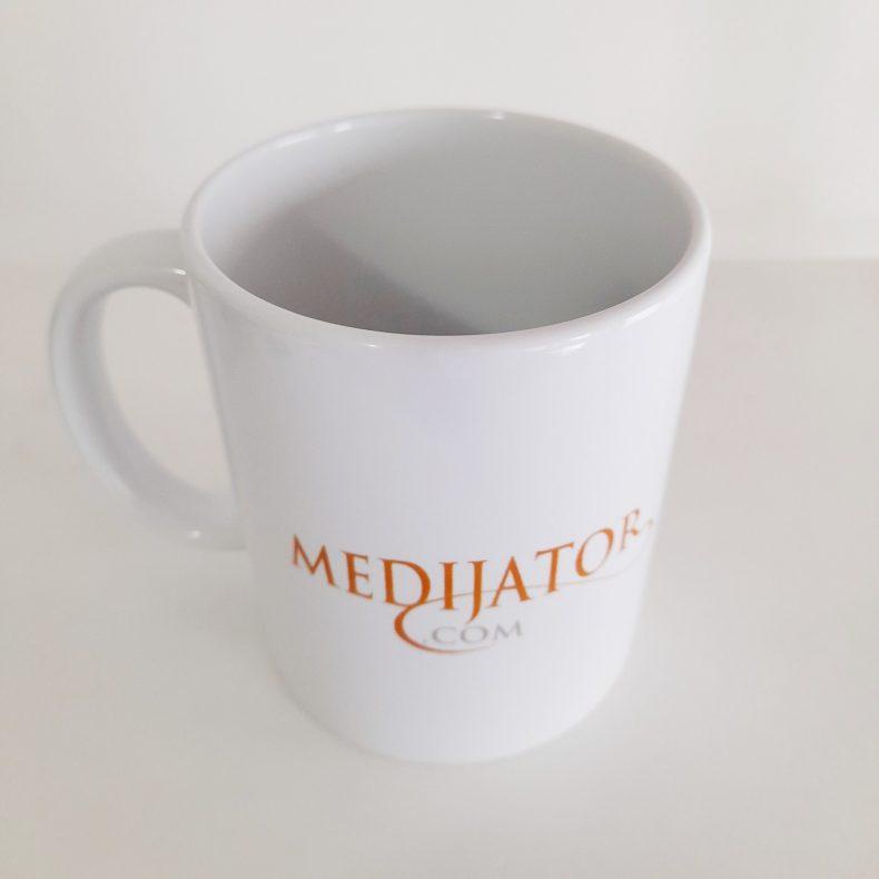 čaša medijator